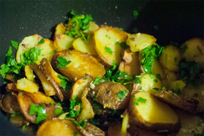 Confit de pato con patatas sarladaise