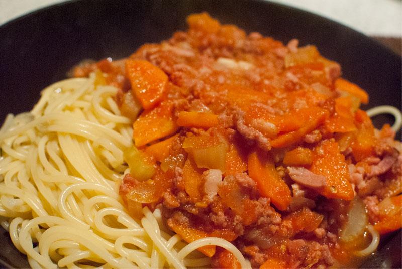 Espaguetis a la boloñesa casera