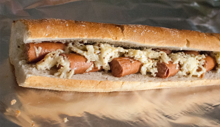Creamy cheese hot dog