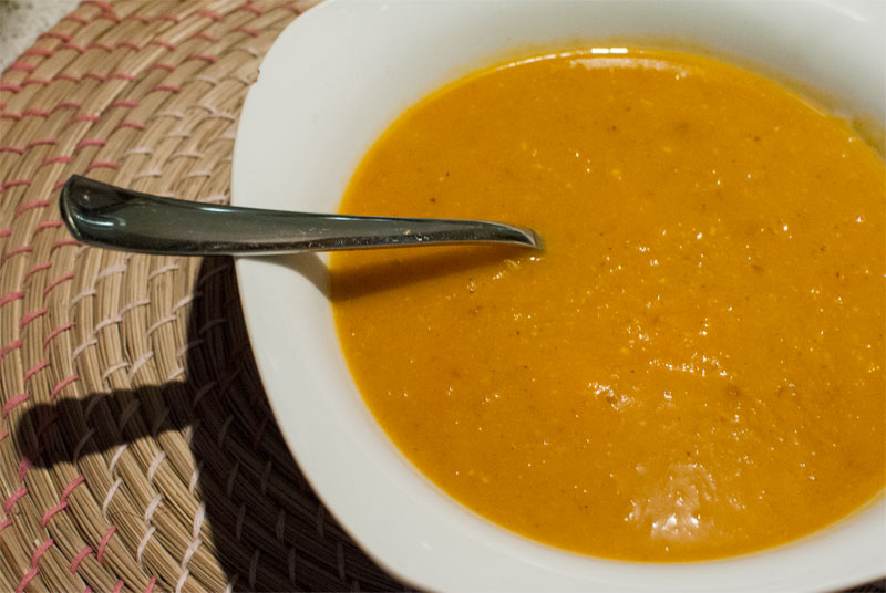 Pumpkin curry soup with two flavours