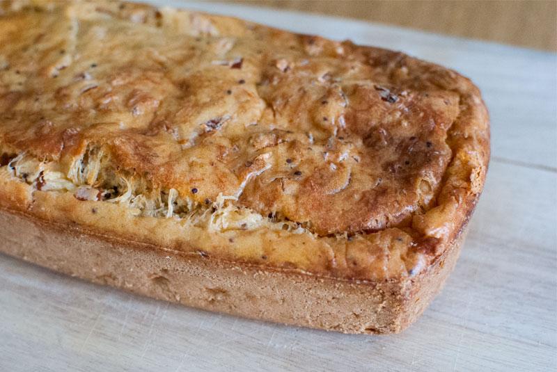 Cake de jamón y cheddar