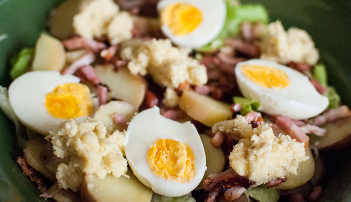 Potatoes Caesar Salad with bacon & eggs