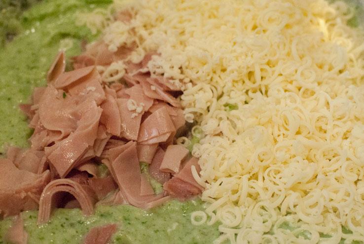 Gratin de coliflor con jamón y acelgas