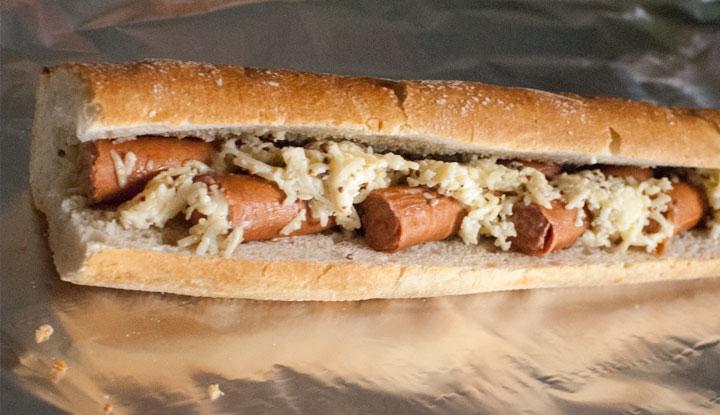 Hot-dog con queso cremoso