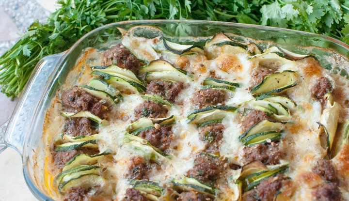 Meatball gratin with courgettes & mozzarella