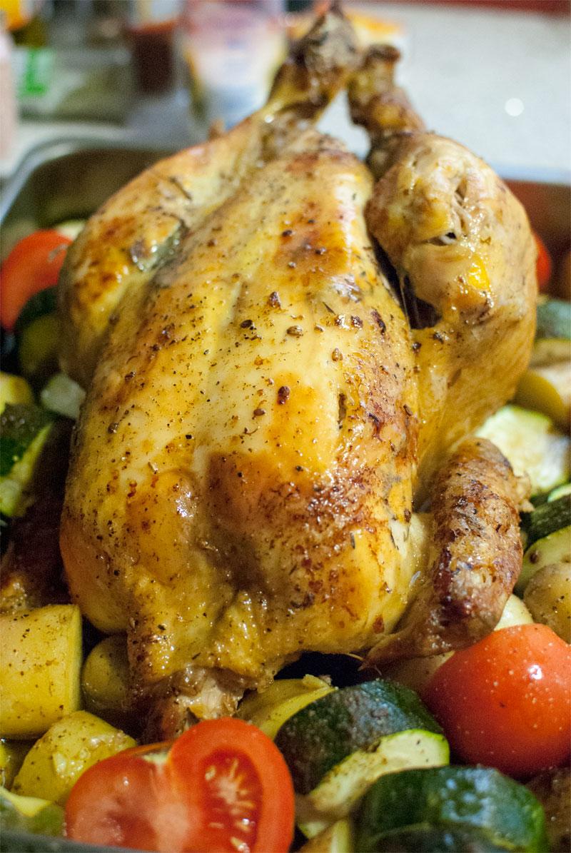 Pollo al horno con verduras mediterraneas