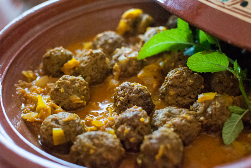 Moroccan meatball tagine with lemon, or Kefta tagine